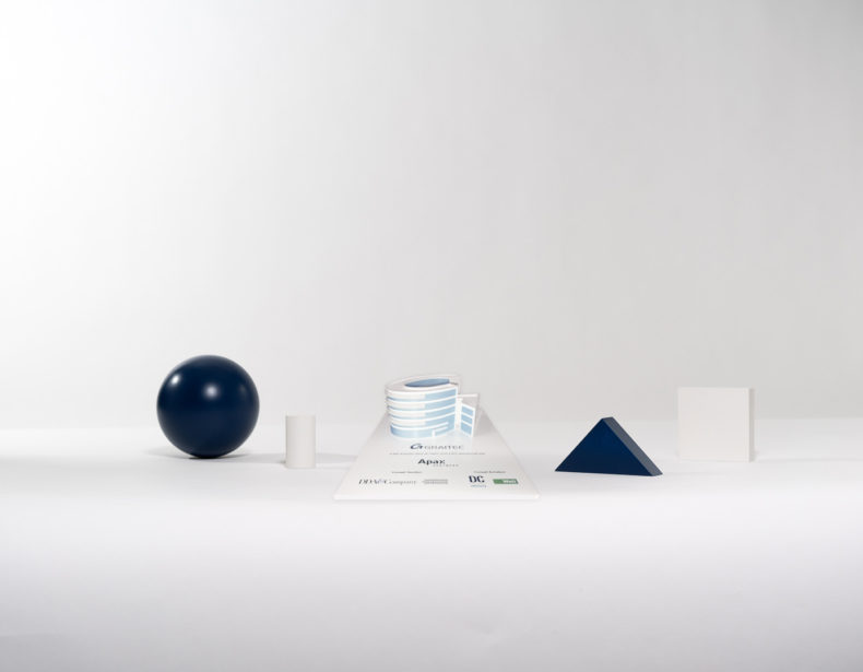 T05 : Plexiglas and 3D printing bespoke deal toy
