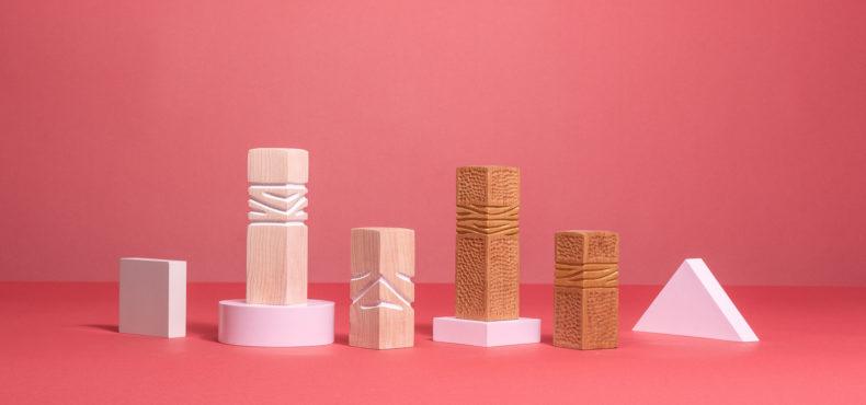 B03 : Trophée artistique en bois