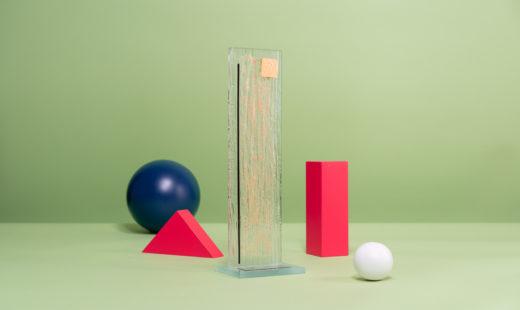 V06 : Sculpture artistique en verre