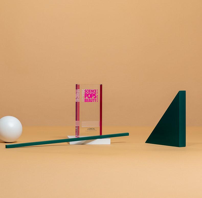 V07 : Trophée rectangulaire en cristal